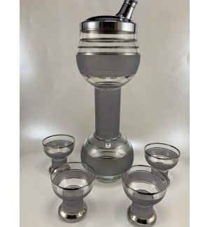 Ca 1937 Barbell Cocktail Shaker set