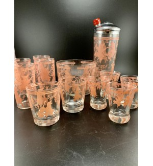 Great Old Musical Dancing Pink Pigs Cocktail Shaker set