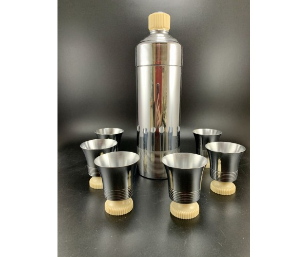 Chase White Doric Cocktail Shaker set